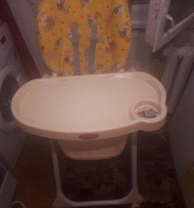 Продаю стульчик детский для кормления!