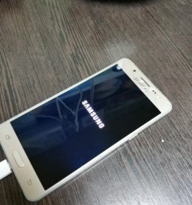 Galaxy J5 16 год