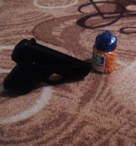 Пистолет на пульках C93