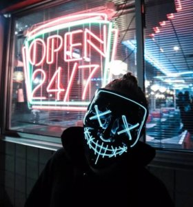 Светодиодная маска на хэллоуин