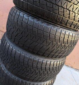 Bridgestone Blizzak DM-V1 265/50 R-20 липучка зима