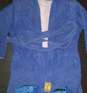 Продам куртку для самбо + борцовки для самбо
