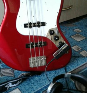 Бас гитара Fender Jazz