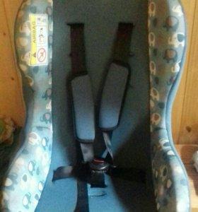 авто кресло для ребёнка