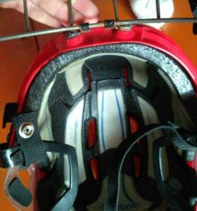Шлем хоккей рибок