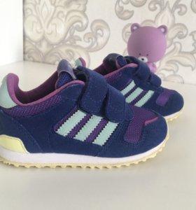 Кроссовки Adidas 23 размера