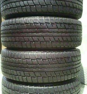 Зимняя резина195/65R15 Dunlop Graspic DS2