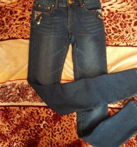 Утеплённые джинсы 25 размер
