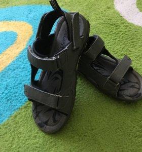 Туфли,сандали для мальчика