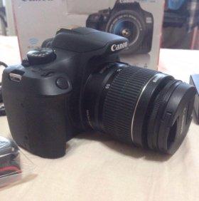 Зеркальный фотоаппарат Canon 1300D