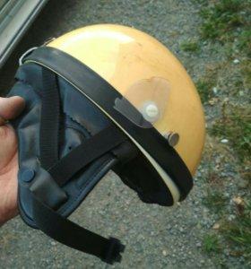 Мотошлем желтый бу япония (номер 1001)