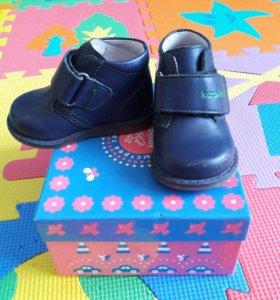 Детские ботинки 18 р