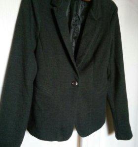 Пиджак деловой. НОВЫЙ