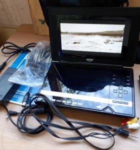 Портативный DVD плеер BBK DL374TI