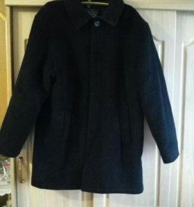 Продаю мужское драповое пальто.