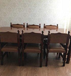 Обеденный стол ,8 стульев