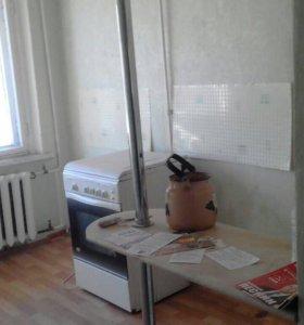 Квартира, 4 комнаты, 77.6 м²