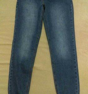 Новые джинсы BOYFRIEND