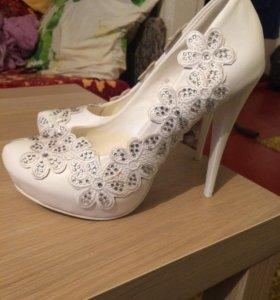 Торжественные туфли