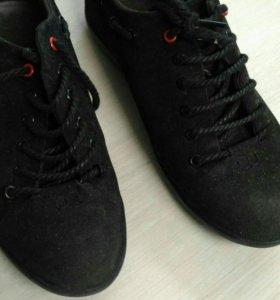 Мужские туфли р.39