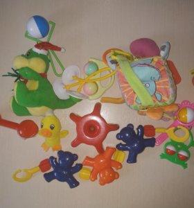 Игрушки для малышей, пакет
