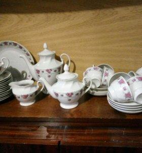 Сервиз чайно-кофейный на 12 персон