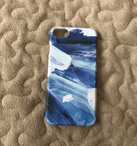 Продам чехол на iPhone 7