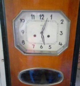 Часы старинные