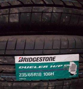 Продаю комплект 4 шт Bridgestone 235/65 R18 106H