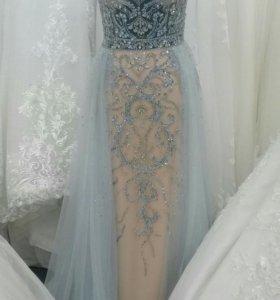 Продам свадебно/вечерние платье