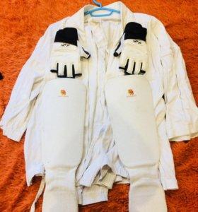 Продам кимоно,рюкзак,перчатки,защита,пояса