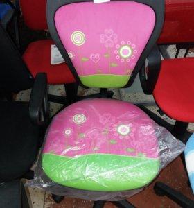 Компьютерное кресло для принцессы)