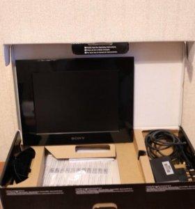 Цифровая фоторамка Sony DPF-C800 (черный)