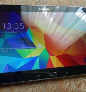 Планшет SAMSUNG Galaxy Tab 4 10.1 +чехол