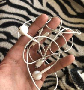 Наушники от iPhone 8