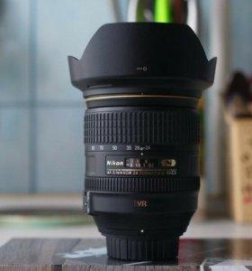 В идеальном состоянии Nikon 24-120mm f/4G ED VR AF