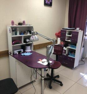 Маникюрный стол+ лаборатория (шкаф)