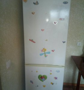 Холдильник атлант 152