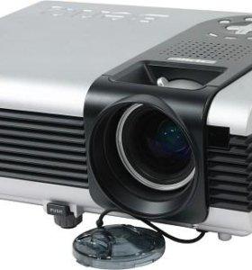 Мультимедийный DLP-проектор BenQ PB7220