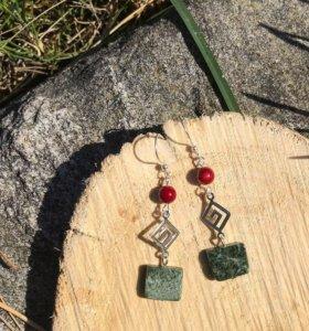 Серьги с натуральными камнями