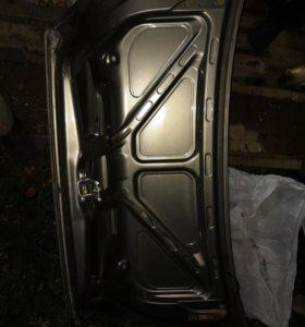 Крышка багажника Daewoo Nexia.
