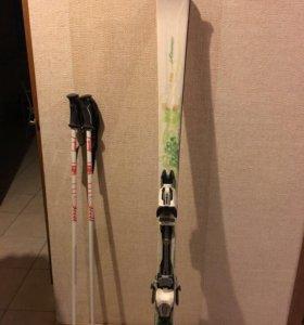 Горные лыжи Atomic, палки и ботинки для горных лыж