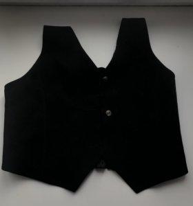 Чёрная классическая жилетка для девочки