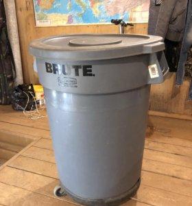 Бак для мусора BRUTE