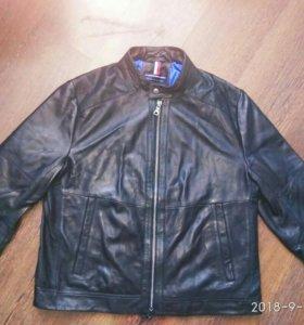 Новая кожаная куртка TommyHilfiger р.56-58