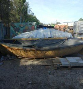Спасательная шлюпка, лодка