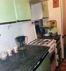 Кухня б\у, Польша, на 2,4 метра, 7 предметов