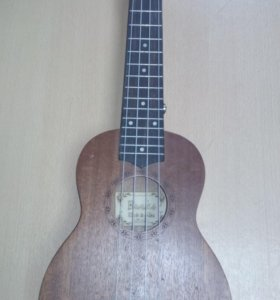 Гавайская гитара Укулеле