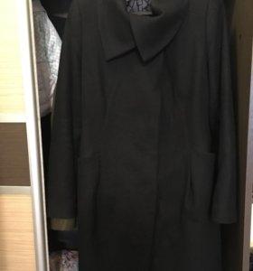 Продам драповое демисезонное пальто (торг)