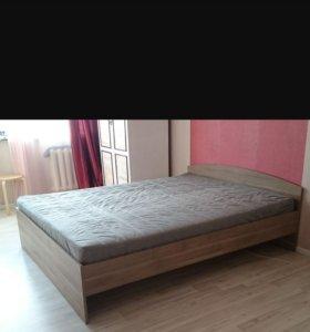 """Кровать """"Икея"""" с матрасом"""